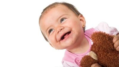 pourquoi acheter des jouets aux bébé