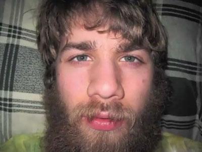un an sans se raser stop motion video insolite il a d cid de laisser pousser la barbe. Black Bedroom Furniture Sets. Home Design Ideas
