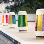 yarn bombing sur des plots