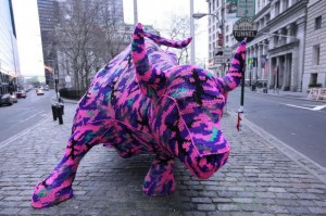 Urban knitting taureau New York