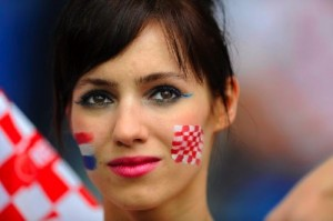 Portrait d'une supportrice croate