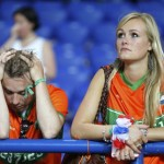 Supportrice des Pays Bas triste