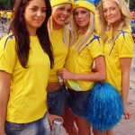 Groupe de supportrices suédoises avant match