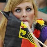 Supportrice allemande inquiète