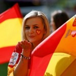 Bisou d'une supportrice espagnole