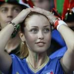 Supportrice italienne se prend la tête
