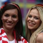 Deux supportrices de la Pologne