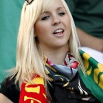 Supportrice portugaise blonde