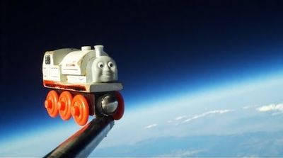 Train dans l'espace